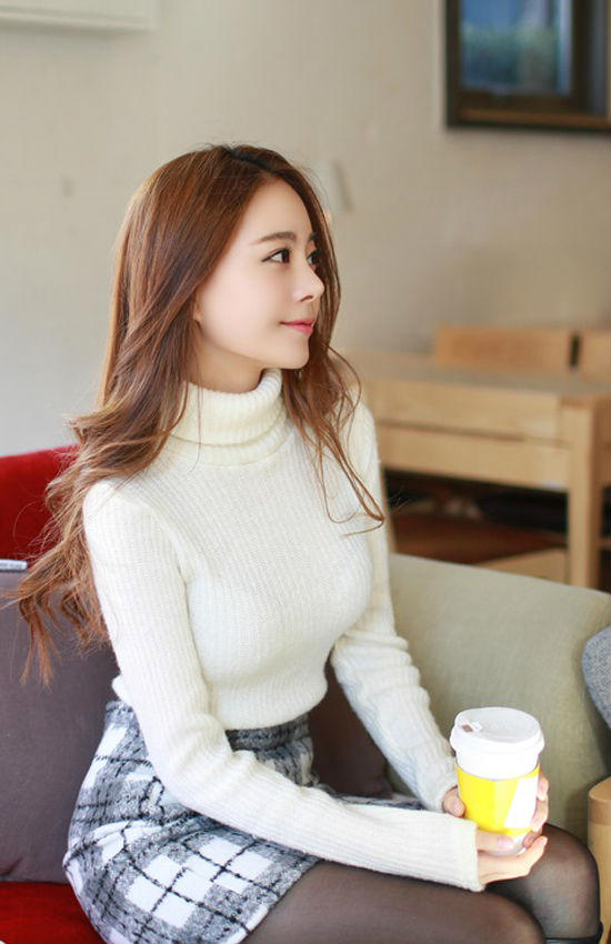 韩国美女曝靓照走红 网友称赞如真人版娜美