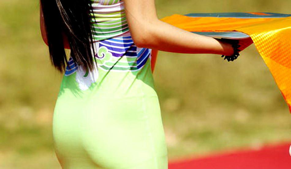 细白长腿美女2010
